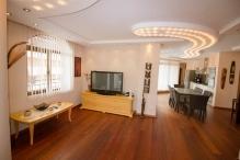 Люкс 4-комнатная квартира в Солнечный берег