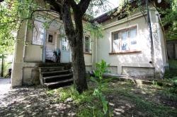Велико-Тырново, Полски-Трымбеш, Продает